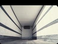 Kleben mit Klebstoff bei der Herstellung von LKW Aufliegern