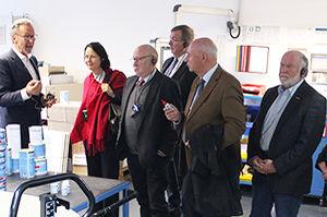 La délégation de l'économie de l'arrondissement de Lahn-Dill à Haiger visite l'entreprise