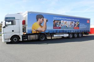 Bedruckter LKW - Wir suchen Mitarbeiter