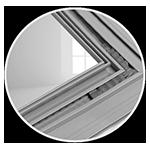 Kleben von Eckwinkel bei Vorsatzschalen für Fenster aus Aluminium