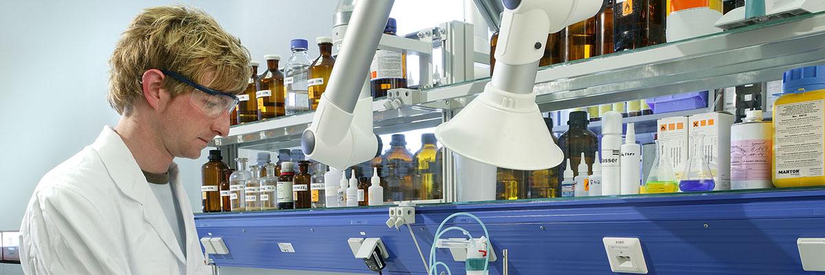Qualitätsmanagement bei der Klebstoff Herstellung