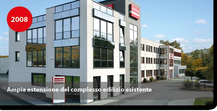 Ampia estensione del complesso edilizio esistente