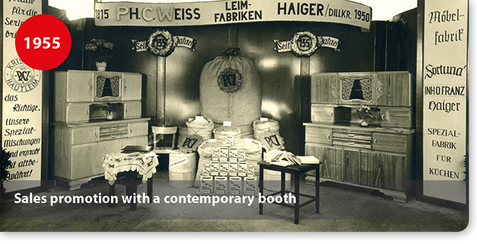 Sales promotion for adhesives with a contemporary booth
